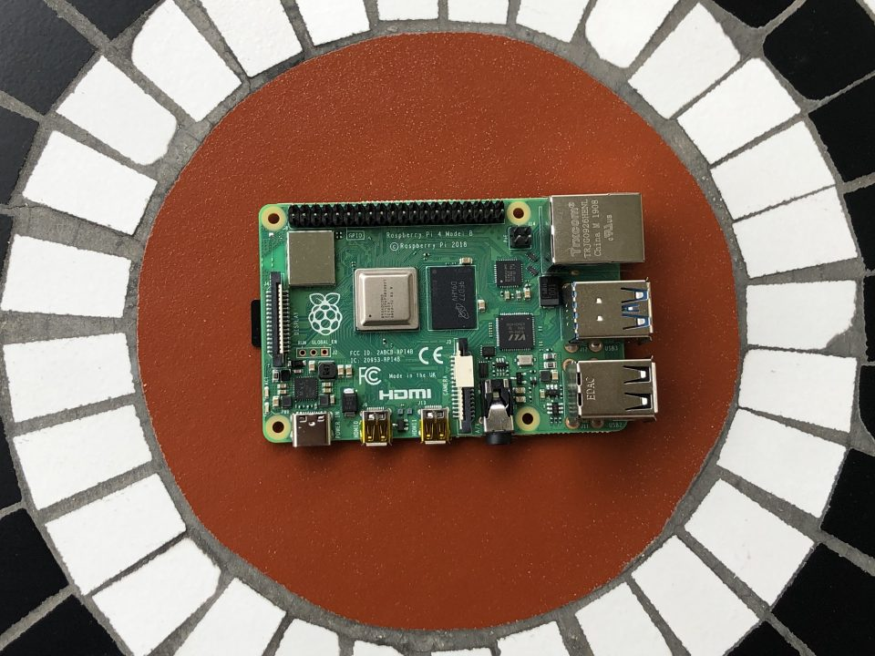 Raspberry Pi 4 Model B 2