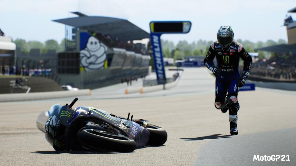 CGCReviews: MotoGP 21 3